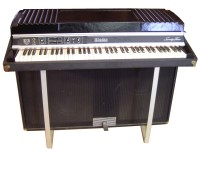 Rhodes Suitcase Model Piano